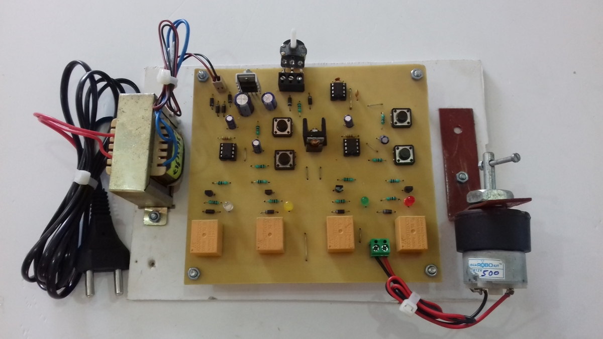 Four Quadrant DC Motor Controls without Microcontroller